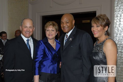 On Thursday, August 27, 2009, Houston Style Magazine was on hand at the 2009 Global Leadership Empowerment Awards Gala at ...