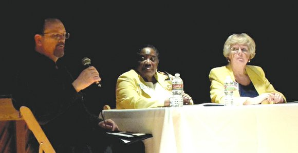 The second round of Monday Night Politics-Meet the Candidates was presented by The Dallas Examiner at the African American Museum ...