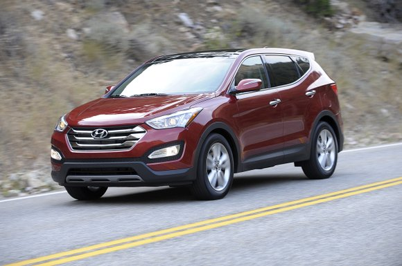 First impressions are important and the 2013 Hyundai Santa Fe Limited AWD made a good one. From the earliest moments ...
