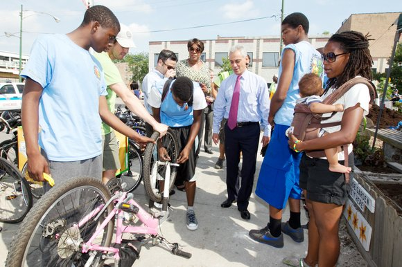 Mayor Rahm Emanuel recently visited with students in the City's Greencorps Youth program, the $2.5 million program that is providing ...