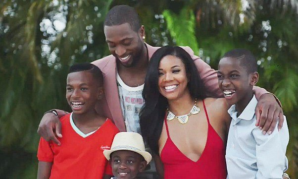Gabrielle union d wade engaged post christmas photo shoot dwyane wade and gabrielle union are engaged the miami heat star proposed to his longtime junglespirit Gallery