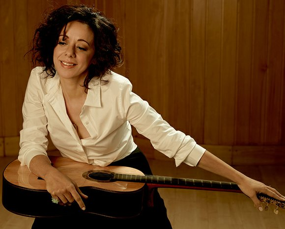 Luciana Souza, who performed to an enthusiastic audience at Harvard University's Sanders Theater last Saturday night, is perhaps bossa nova's ...