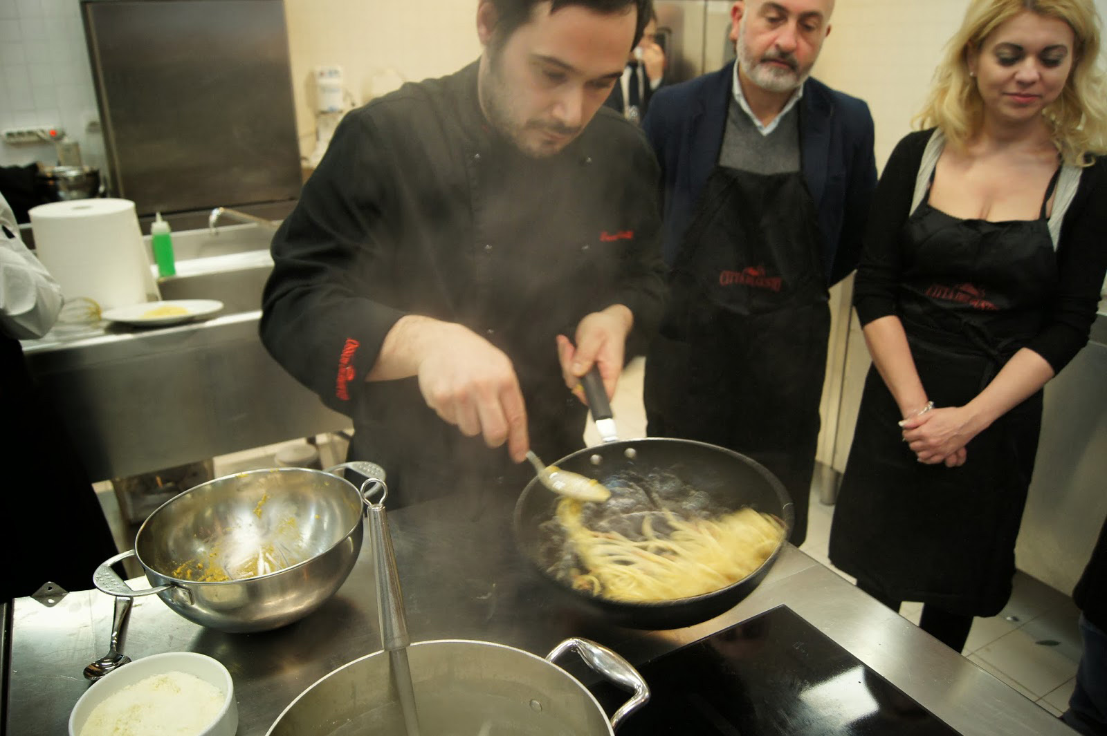 City Of Love Shows How To Prepare A Romantic Dinner For