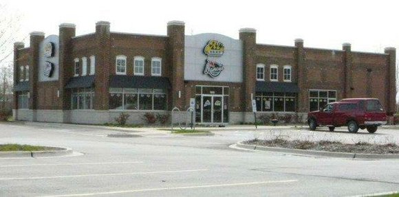 The former Al's Beef/Nancy's Pizza location in Shorewood will become a full-service veterinary clinic later this year.