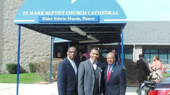 Ill. Sec. of State, Jesse White, on Sunday, joined south suburban Illinois pastors and Gift of Hope Organ & Tissue ...