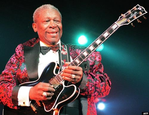 B.B. King died after having a series of mini strokes stemming from his type 2 diabetes, the Associated Press reports.