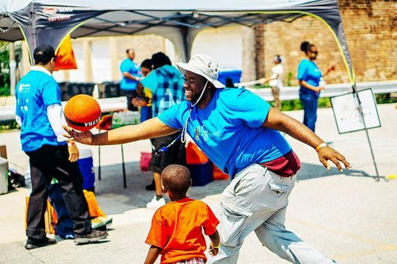 It's time to hit the streets…and play! The City of Chicago PlayStreets 2015 got underway last week with 150 special ...