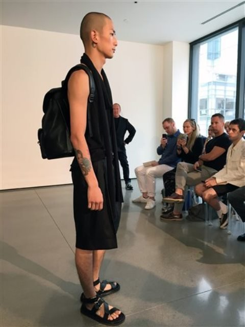 New York Fashion Week has always celebrated the glamour of women's fashion, but has relegated menswear to a supporting role. ...