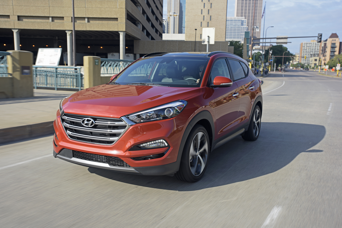 2016 hyundai tucson the times weekly community newspaper in chicagoland metropolitan area. Black Bedroom Furniture Sets. Home Design Ideas