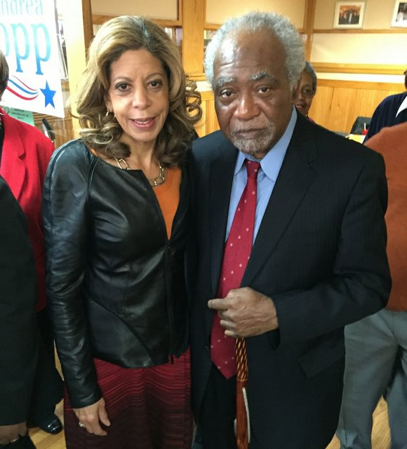 Returning to his former high school in Harvey, Ill., Ill. State Sen. Napoleon Harris (Dist.-15th) officially announced Tuesday he is ...