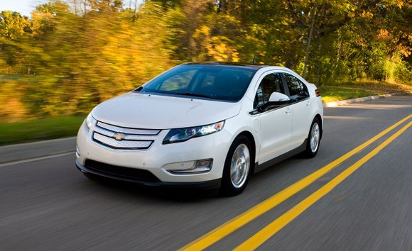 "LOS ANGELES (AP) — An auto industry magazine has named the 2016 Chevrolet Volt its ""Green Car of the Year."""