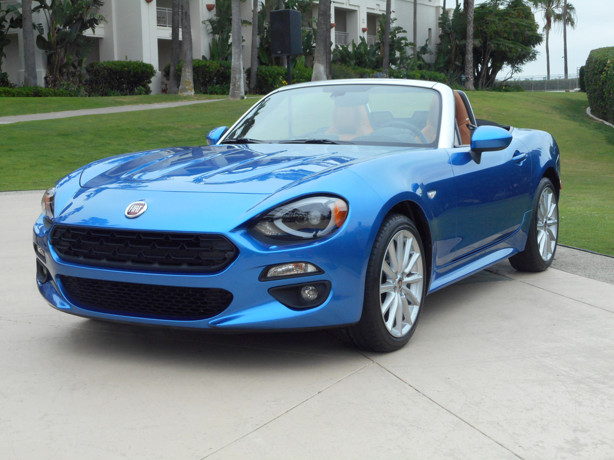 2017 fiat 124 spider the times weekly community newspaper in chicagoland metropolitan area. Black Bedroom Furniture Sets. Home Design Ideas