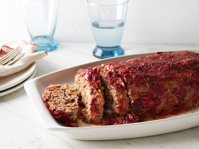 SERVINGS: 4 Ingredients 1 cup fresh or frozen cranberries, thawed 2 tablespoons ketchup 1 tablespoon honey 1 tablespoon sriracha 2 ...
