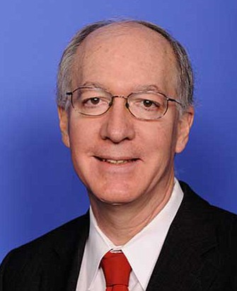 Congressman Bill Foster introduced legislation this week that will protect the rights of immigrants in the wake of executive actions ...