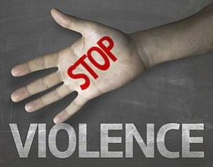 CHICAGO – New anti-violence programs focused around community trauma centers will aim to address the destructive effects of gun violence ...