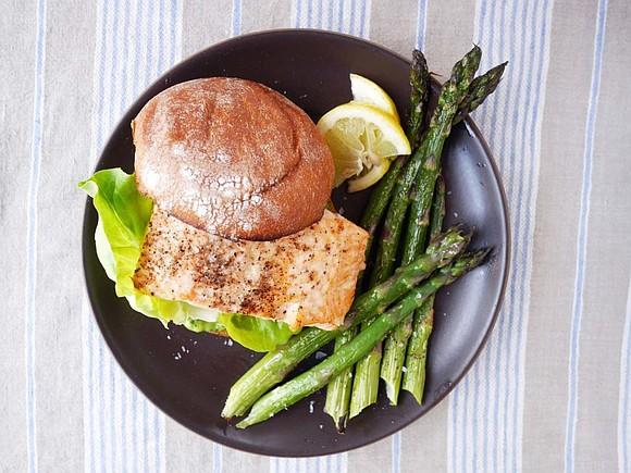 SERVES: 4 / TOTAL TIME: 0:15 INGREDIENTS • 1 lb. asparagus, trimmed • 2 tbsp. olive oil • kosher salt ...
