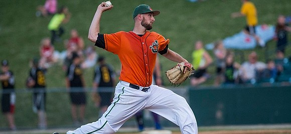 The Joliet Slammers presented by ATI Physical Therapy hosted the Evansville Otters (2-2) on opening night at Joliet Route 66 ...