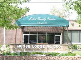 Serving what it claims to be the world's most succulent cinnamon swirl French toast, the Joliet Moose Lodge, 25 Springfield ...
