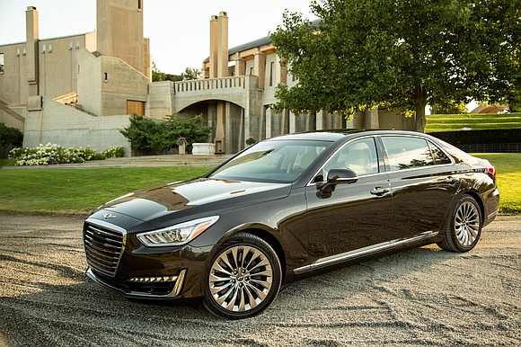 The 2018 Genesis G90 still draws lots of attention. During my test drive I answered so many questions about the ...