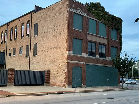 A tax increment finance district redevelopment agreement between the city of Joliet and the Gateway Building, LLC is headed for ...