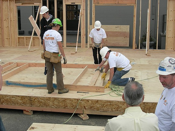 thetimesweekly.com Bolingbrook – Officials from the Community Service Council of Northern Will County and the Will County Habitat for Humanity ...