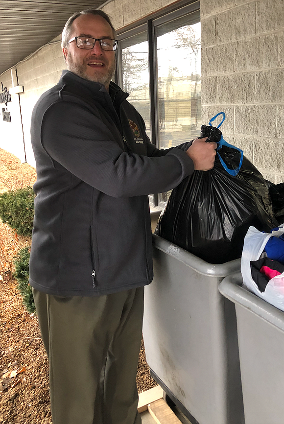 Thetimesweekly.com State Rep. John Connor, D-Lockport, visited MorningStar Mission in Joliet to deliver donations from the clothing drive he hosted ...