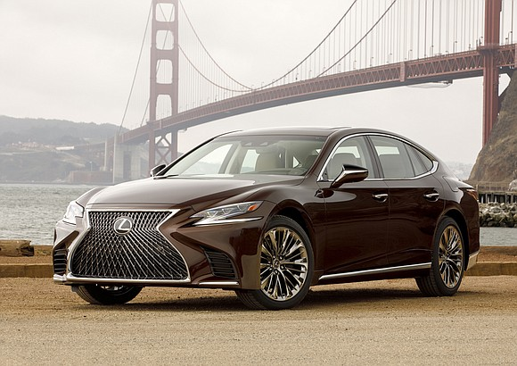 The first thing I noticed about the 2019 Lexus LS 500 when they dropped it off was that it seemed ...