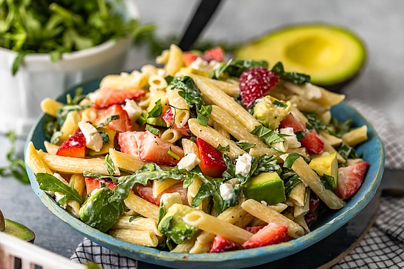 INGREDIENTS • 16 ounces uncooked penne rigate pasta • 1 tablespoon salt • 2 cups baby arugula • salt and ...