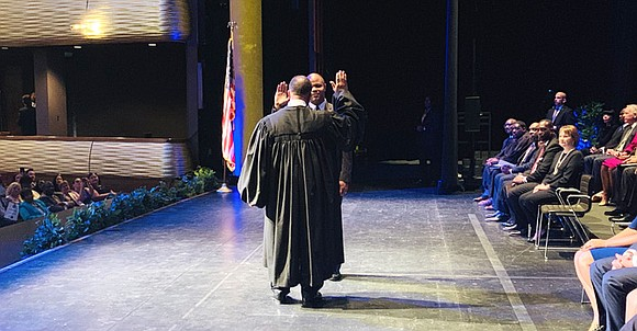 In a Monday morning ceremony, the newly elected Dallas mayor and City Council members were officially sworn in at the ...