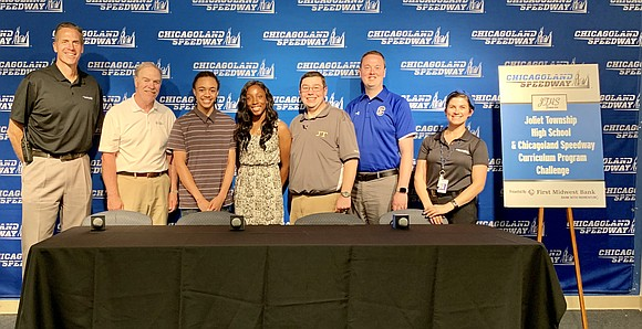 Reporters covering the NASCAR races this weekend had the opportunity to learn about the JTHS Social Media Project, a real-world ...