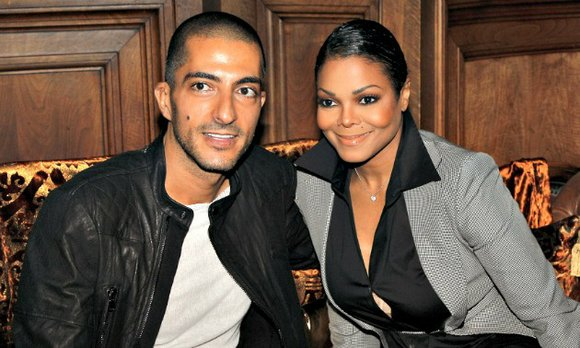 Janet Jackson is a married woman! The rumors were flying that the couple planned to tie the knot later this ...