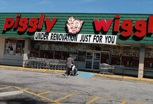 The Piggly Wiggly supermarket on Candler Road is getting a face lift as protest leaders call off their weeks-long demonstration ...