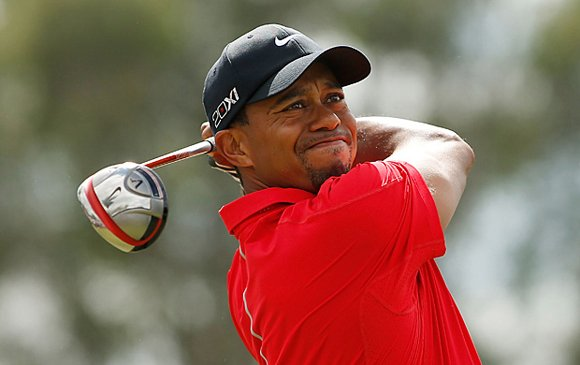 Dealing with Merion is turning out to be tough enough. But Tiger Woods is also battling an injury at the ...