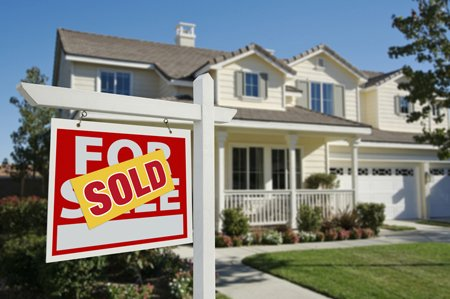 LOS ANGELES, Calif. — The median price of a home in Los Angeles County rose 29.4 percent in May, compared ...