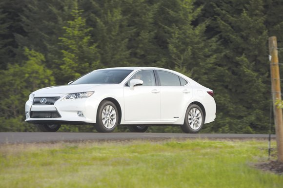 In the Lexus automobile lineup, the ES series does not stand out in any particular category