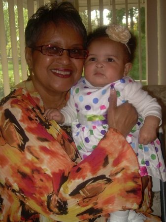 Virginia Jones Blunt shares a moment with great-grand daughter, Zaria Epps.