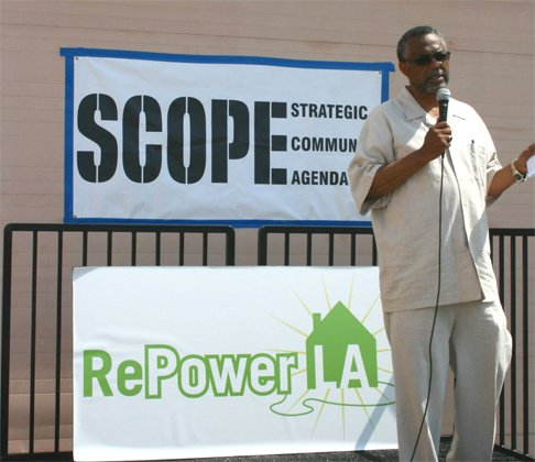 Sen. Curren Price spoke to participants at a RePower L.A. and SCOPE, Green the Block event.
