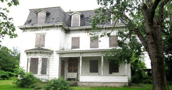 The home of Timothy Thomas Fortune, a pivotal public intellectual and pioneering 19th century journalist, is in jeopardy.