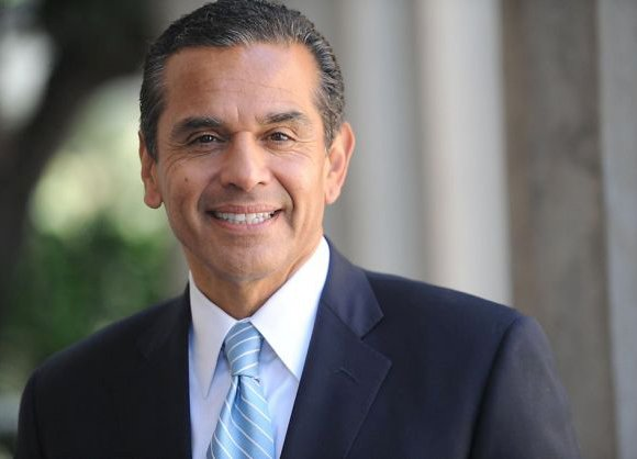 LOS ANGELES, Calif. — Former Los Angeles Mayor Antonio Villaraigosa has been hired by a community bank and given the ...