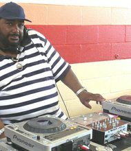 DJ Sugar Chris