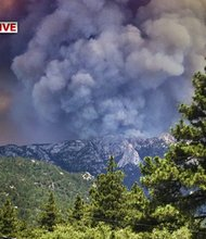California fire torches almost 20,000 acres, threatens thousands of homes