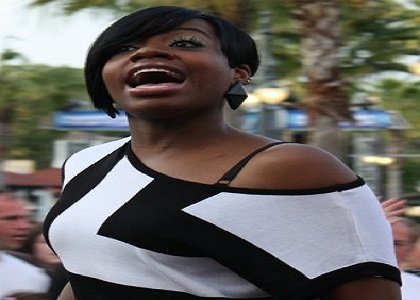"""American Idol"" champ Fantasia Barrino is warming her pipes for a jazzy production this fall."