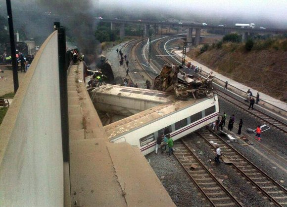 MADRID, Spain — A high-speed passenger train derailed as it hurtled around a curve in northwestern Spain on Wednesday, killing ...