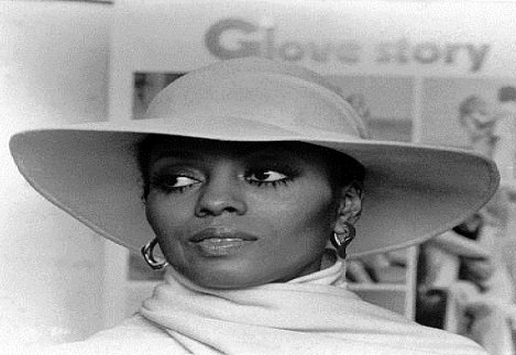 No mountain, or rain, nor summer heat, will keep Diana Ross from recreating her glitzy and glamour shows of bygone ...