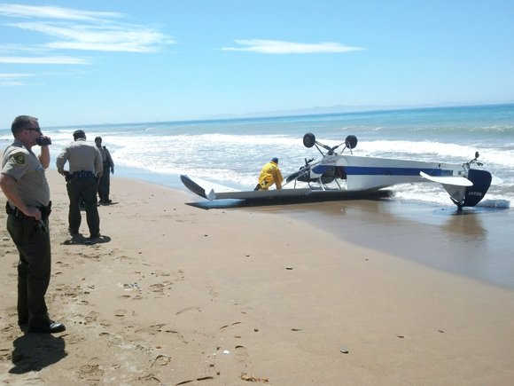 Small aircraft makes emergency landing on a Rancho Palos Verdes beach.