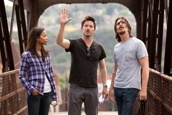 "Zoe Saldana, Director Scott Cooper and Christian Bale discuss a scene in Relativity Media's ""Out of the Furnace."""