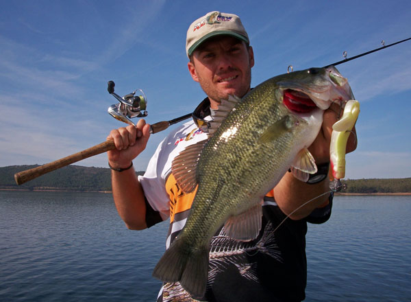 Toyota texas bass classic boosts fishing conservation for Bass fishing magazine