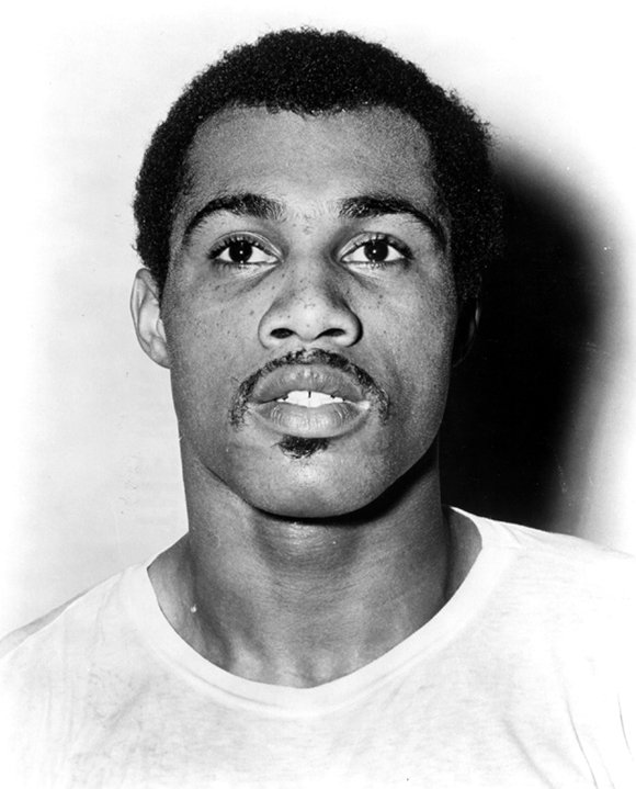 Forty years after rising to the top of the boxing world and outdueling Muhammad Ali, Ken Norton lost his final ...