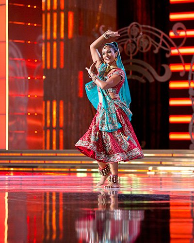 Davuluri performed a Bollywood fusion dance for the talent contest.