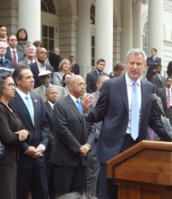 Bill Thompson concedes in mayoral race to Bill de Blasio